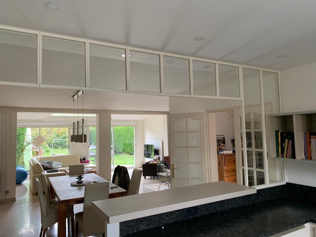 photo verrière intérieure cuisine