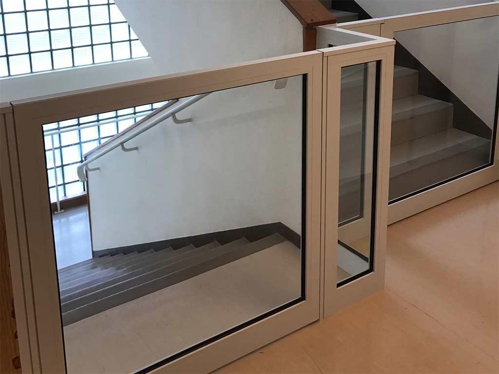 Porte de protection escalier